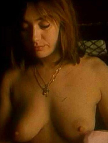 Голая Женя Лоза актриса видно её сиськи киску и попку