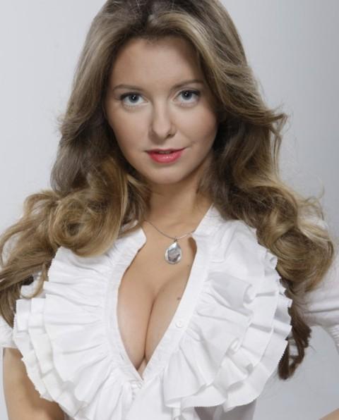 natalya-kosteneva-golaya-maksim