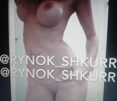 smotret-porno-video-s-elinoy-devushka-ssit-v-rot-parnyu-onlayn